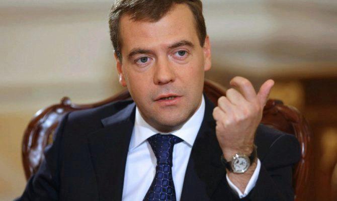 Дмитрий Медведев, Интернет, медиа
