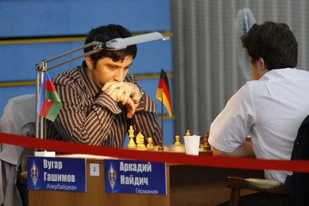 Международный турнир по шахматам имени Анатолия Карпова проводится с 2000 года. Каждый гроссмейстер проводит девять партий, по одной со всеми участниками.