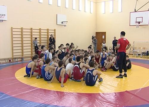 Владимир Семёнов, вольная борьба, Пойковский, турнир, Югра