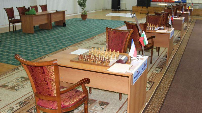 шахматный турнир имени Карпова: второй день