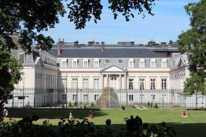 Королевском институте международных отношений «Эгмонт»