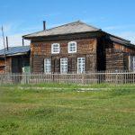 Щекурья - Сельский клуб, в прошлом - Церковь