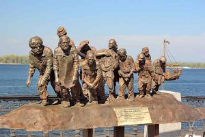 """Памятник """"Бурлаки на Волге"""" в Самаре"""