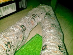 Греем ноги в носках