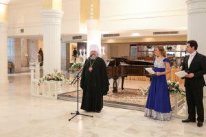 Всех участников приветствовал управляющий Ханты-Мансийской митрополией митрополит Павел.