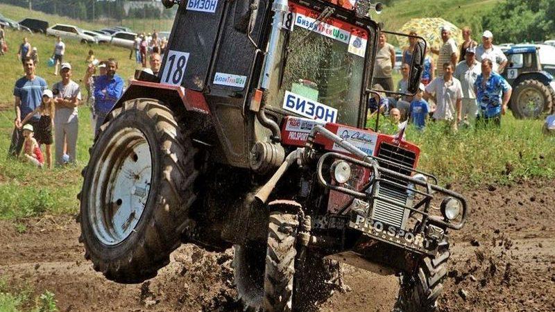 трактор, гонки