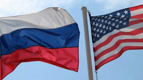 сша россия флаг
