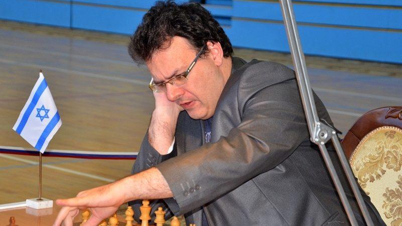 Сутовский, шахматы