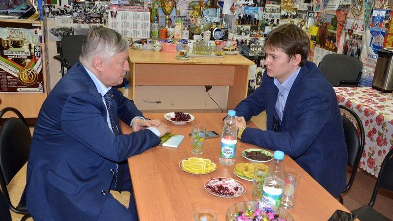 Анатолий Карпов, шахматы, Василий Папин