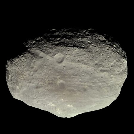 https://upload.wikimedia.org/wikipedia/commons/thumb/5/51/Vesta_in_natural_color.jpg/800px-Vesta_in_natural_color.jpg